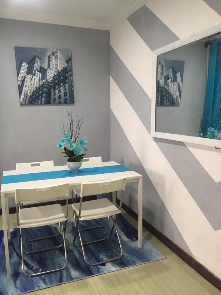 Hanya Guna Cat Hasilkan Corak Geometri Di Dinding, Lihat Transformasi Rumah Flat PKNS Ini! 2