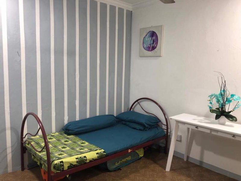 Hanya Guna Cat Hasilkan Corak Geometri Di Dinding, Lihat Transformasi Rumah Flat PKNS Ini! 13