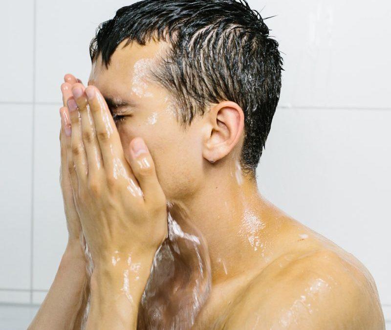 18 Tips Ampuh Cara Menghilangkan Bekas Jerawat Di Wajah: Cara Menghilangkan Jerawat Secara Alami