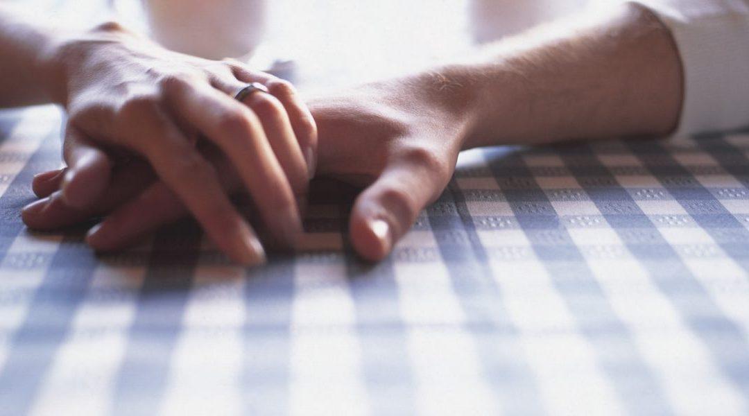6 Fakta Penting Tentang Sentuhan Dalam Perhubungan, Pasti Buat Hubungan Korang Lebih Bahagia