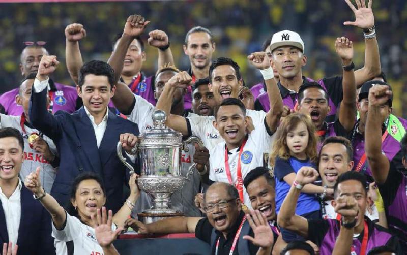 Pahang Tumpaskan Selangor Dengan 2-0, Tahniah Tok Gajah!