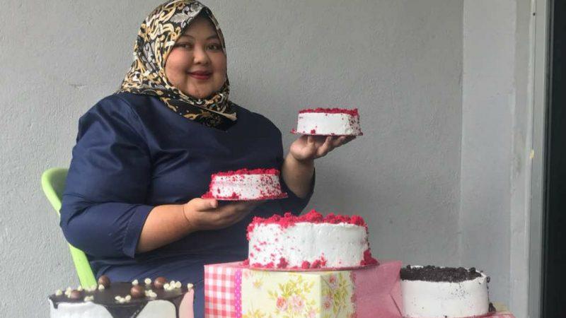 Jual Kek Bajet RM10 Sebiji, Jangan Tak Percaya Jualan Wanita Ini Cecah Lebih RM10 Ribu Sebulan