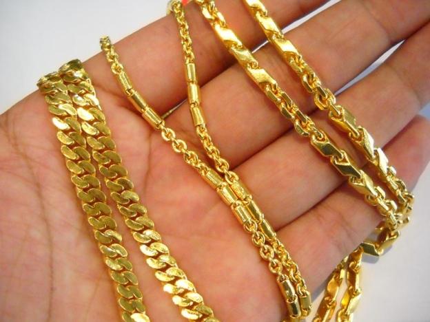 5 Petua Mudah Kilatkan Barang Emas Yang Kusam, Tak Perlu Hantar Kedai Pun